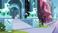 Crystal mare librarian going down stairs S3E1