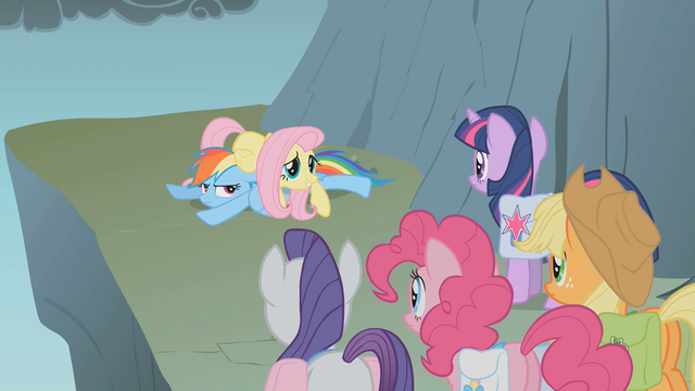 File:Fluttershy forgot to jump S01E07.png