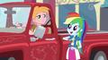 Rainbow Dash thanking Big Mac EGS1.png