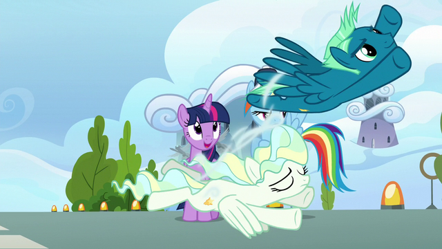 File:Vapor Trail creates a gust under Sky's wings S6E24.png