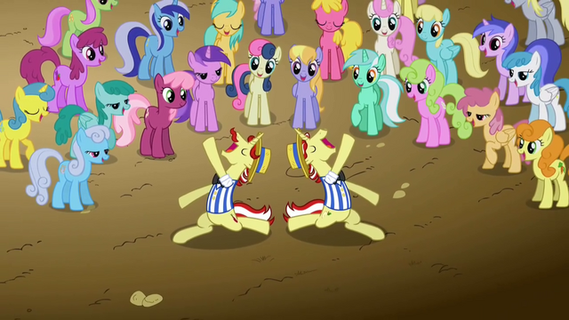 File:Ponies watching Flim and Flam S2E15.png