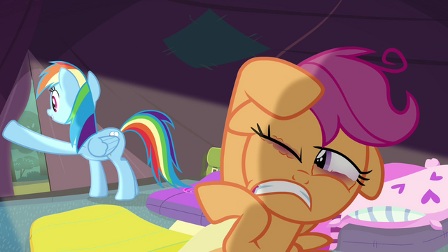 File:Scootaloo shielding her eyes from the light S3E06.png