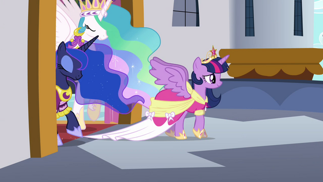 File:Twilight, Celestia, and Luna step onto the balcony S03E13.png