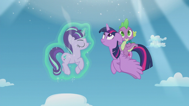 File:Twilight and Spike see another portal open S5E25.png