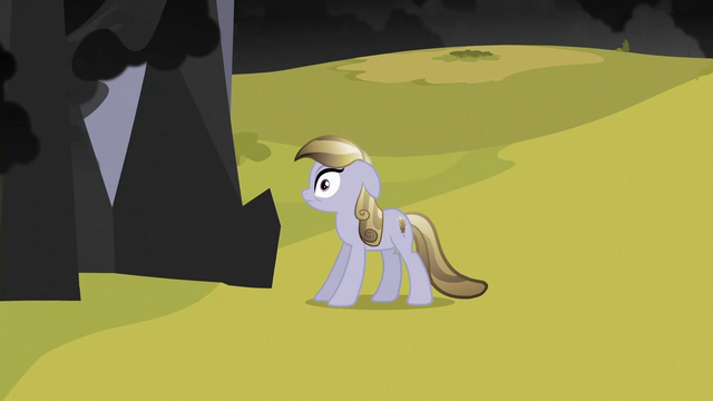 File:Crystal Pony looking at black cloud S3E2.png