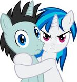 Vinyl Scratch hugging Neon Lights