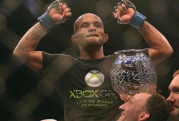 Demetrious-Johnson-winning-the-first-ever-UFC-flyweight-championship.