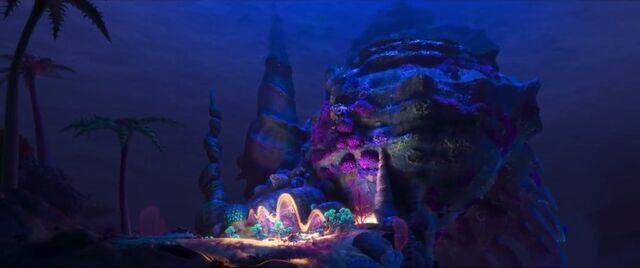 File:Tamatoa's lair .jpg
