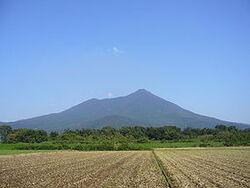 285px-Mt Tsukuba