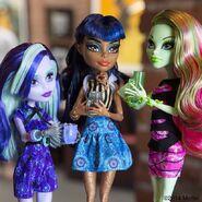 Diorama - three ghouls in Coffin Bean
