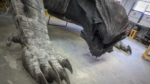 Making a Life-Size Dragon! (Monster Hunter 4)
