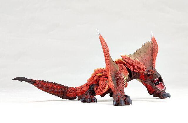File:Revoltech-Molten Tigrex Figure 004.jpg