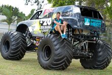 Cutting monster jam