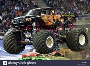 Jan-16-2010-detroit-michigan-us-16-january-2010-eradicator-gets-some-DKYH3H