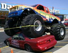 Bigfoot-monster-truck-09978
