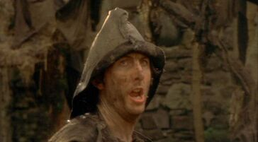 Eric-Idle-Monty-Python-Holy-Grail-bring-out-dead