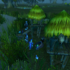 Fighting murlocs in the Wetlands.