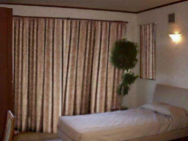 File:深の自室、ベッド hiru.jpg