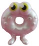 Oddie figure pearl white
