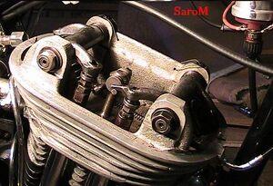 Sarolea Vedette 1952 Zylinderkopf.JPG