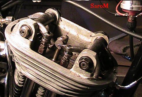 Datei:Sarolea Vedette 1952 Zylinderkopf.JPG