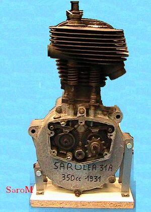 Sarolea 31A Motor Steuerkasten offen.JPG