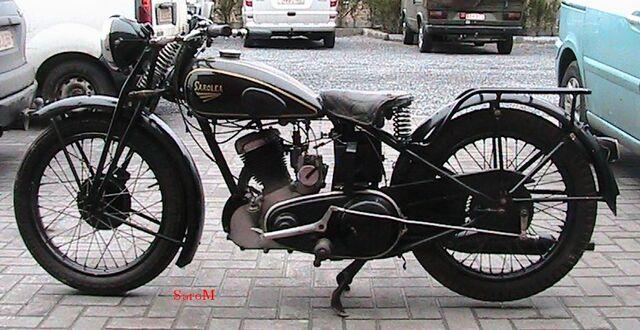 Datei:Sarolea 47 AS 350ccm 1947 rechts.JPG
