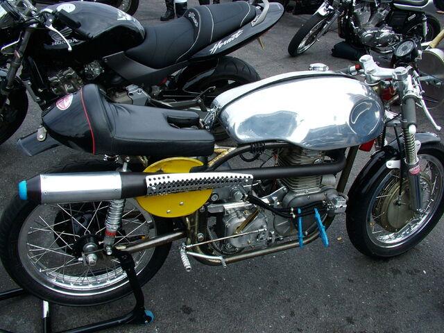 Datei:Cafe racer-4307.jpg