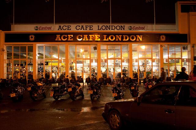Datei:Ace-cafe.jpg