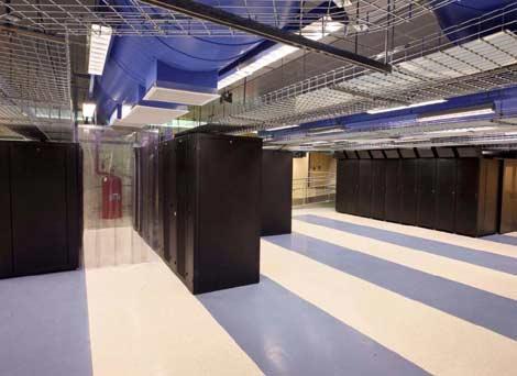 File:Datacenter.jpg