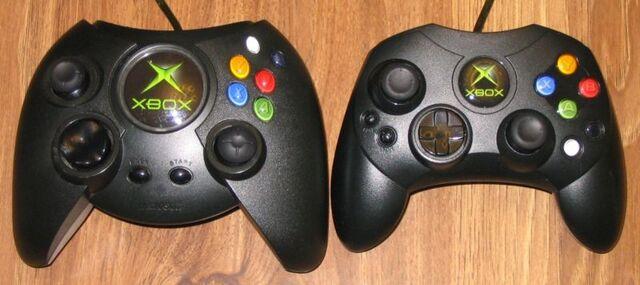 File:800px-XboxOriginalController.jpg
