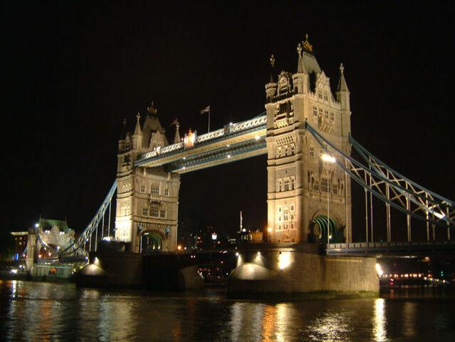 File:Tower Bridge London.jpg