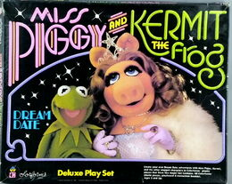 Colorforms 1981 kermit piggy dream date play set 1
