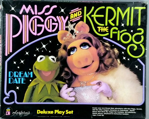 File:Colorforms 1981 kermit piggy dream date play set 1.jpg