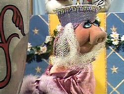 Piggy Guinevere's handmaiden
