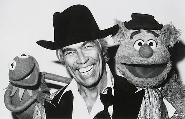 File:TheMuppetMovie-JamesCoburn-ElSleezoOwner.jpg