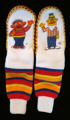 File:Jc penneys bert ernie slippers 1.jpg