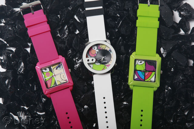 File:Flud muppet watches 2012 2.jpg