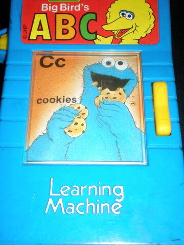 File:Big bird's learning machine 3.jpg