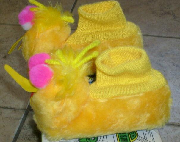 File:J c penneys 1973 big bird slippers 3.jpg