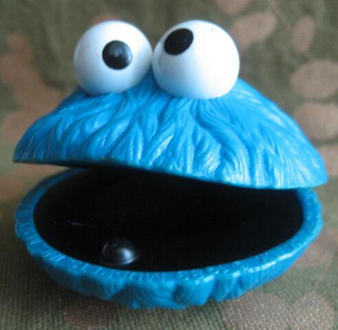 File:Avatar Cookie Monster castanets 2.JPG