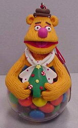 Sherwood brands 2003 christmas ornament fozzie 1