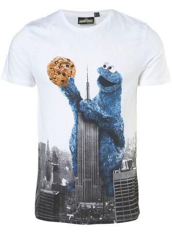 File:Cookie monster - empire state building tshirt.jpg
