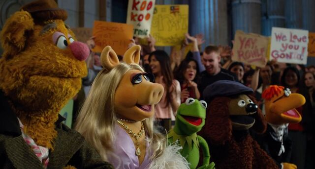 File:Muppets2011Trailer02-03.jpg