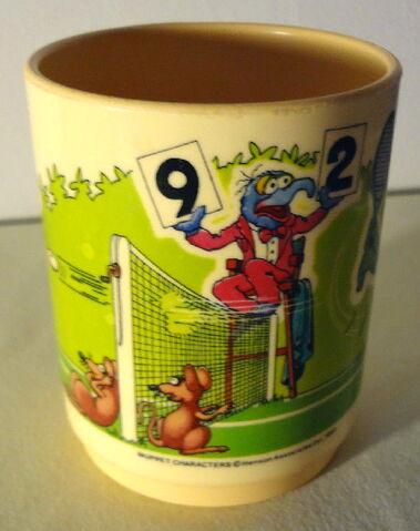 File:Deka 1982 cup tennis 2.jpg