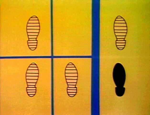 File:Footprints-A.jpg