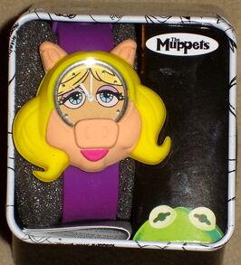 Accutime 2013 miss piggy watch