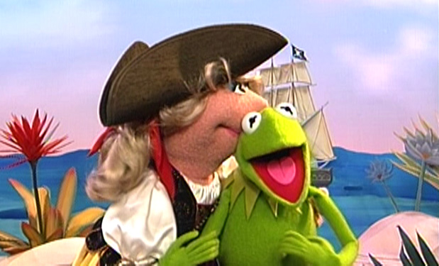 File:Kiss-Pirate.jpg