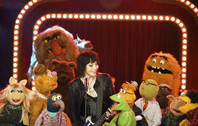 File:Joan Jett and The Muppets.jpg