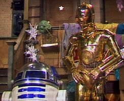 C-3PO and R2-D2 on The Muppet Show